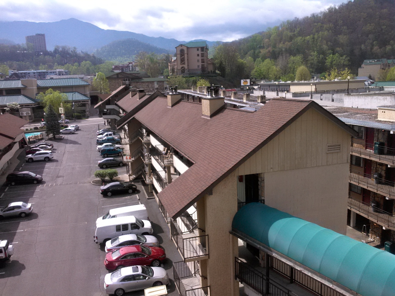 Leconte view motor lodge gatlinburg tn for Triangle motor inn jacksonville nc