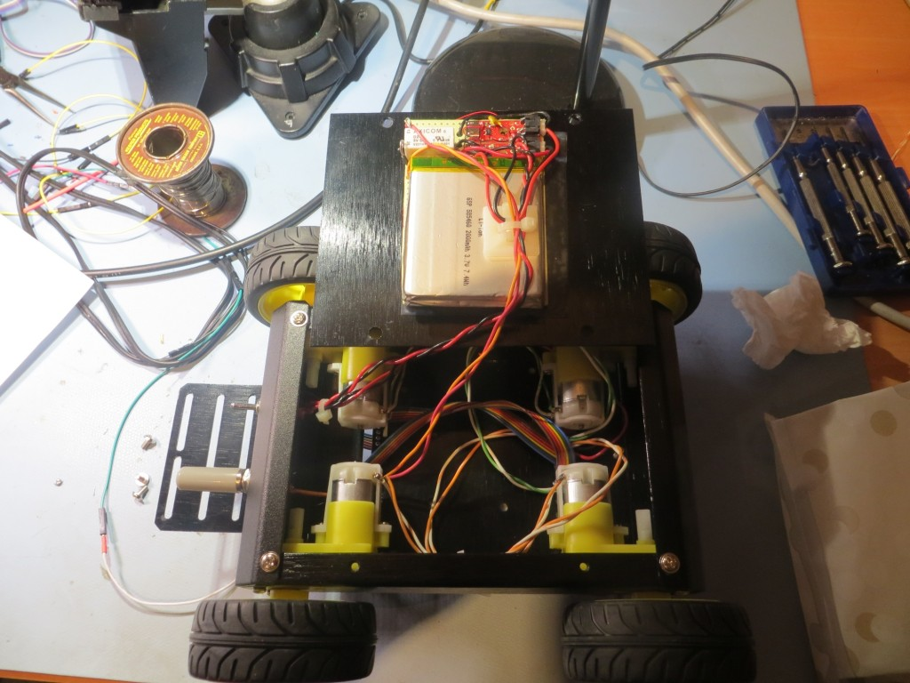 Maintenance access to motor bay and battery pack